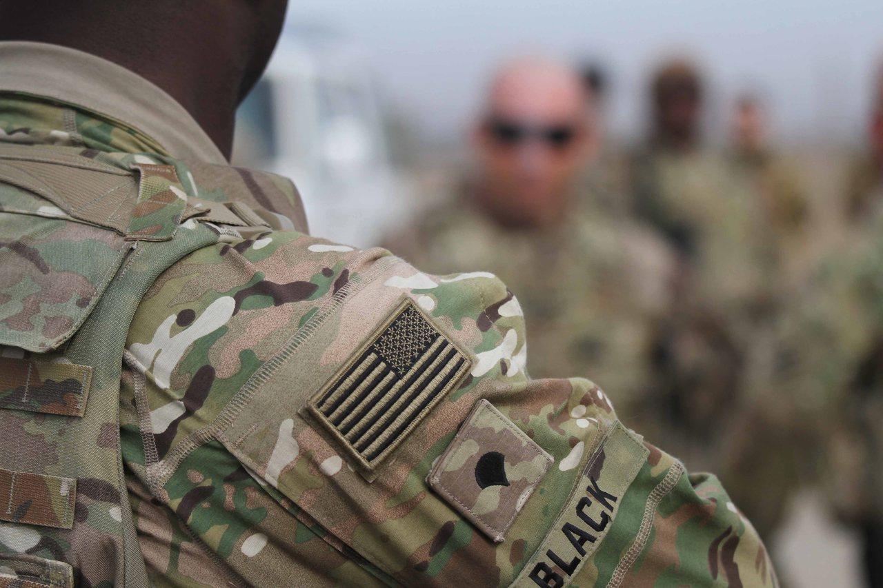 日本共同社獨家報導,為了終結從2001年起持續不斷的阿富汗戰火,美國與阿富汗神學...