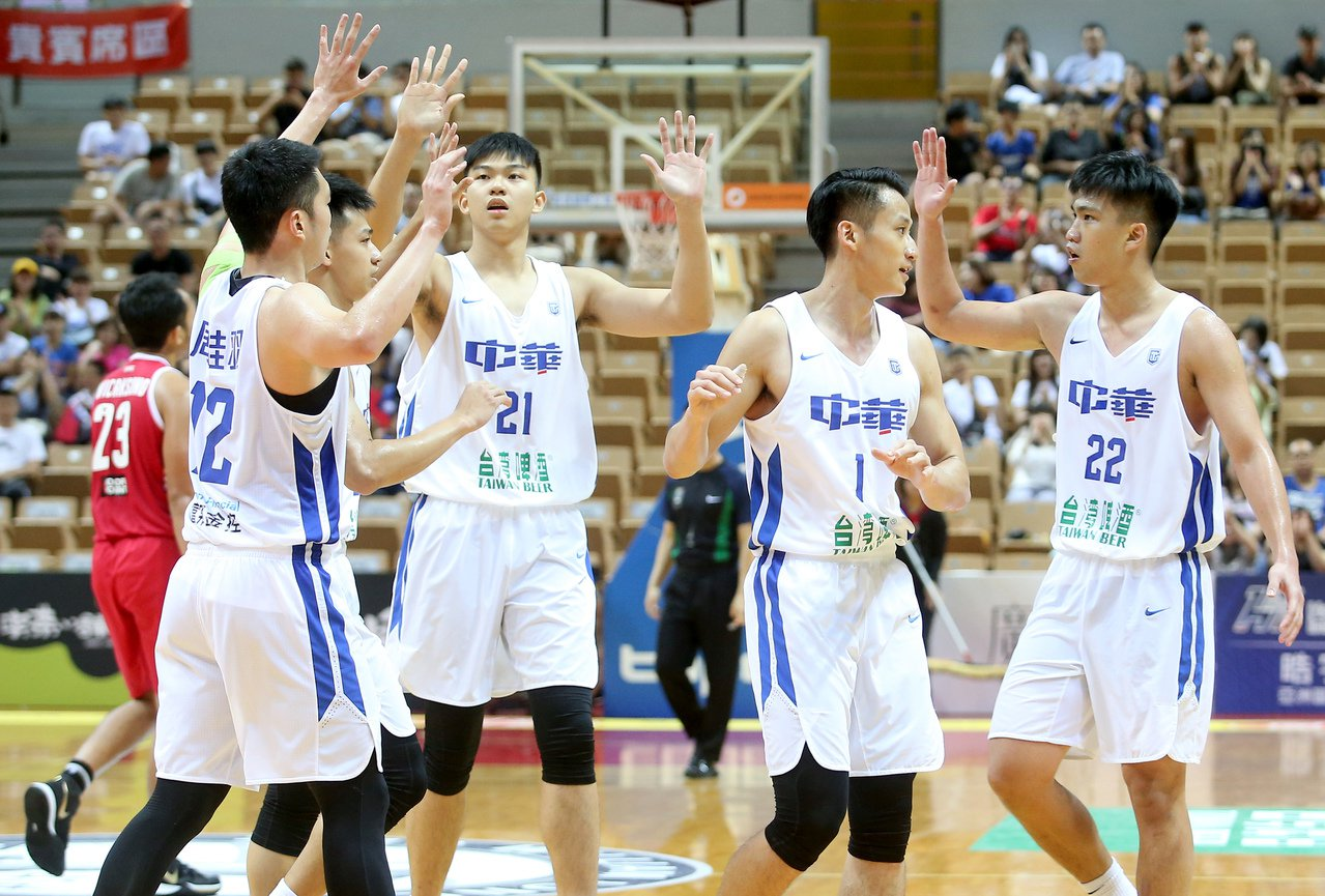 中華白21分差大勝印尼收瓊斯盃第二勝。記者余承翰/攝影