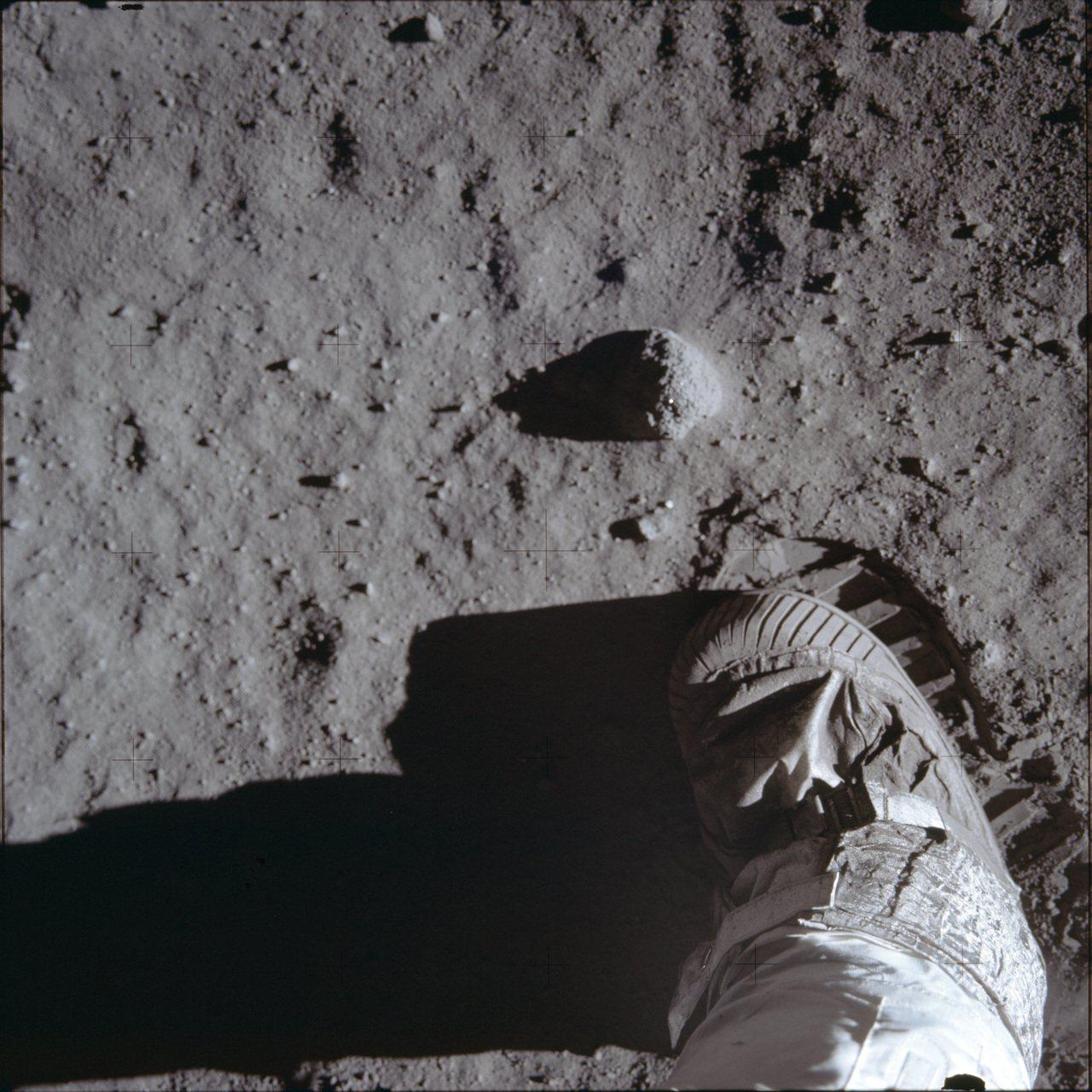 阿波羅11號「人類的一大步」登陸月球。 美聯社