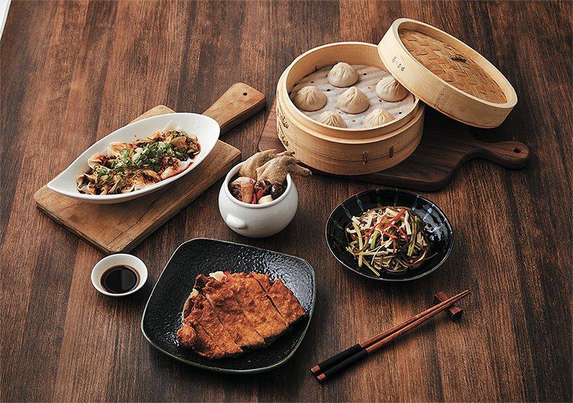 漢來上海湯包雙人套餐原價869元,特價799元. 南紡購物/提供