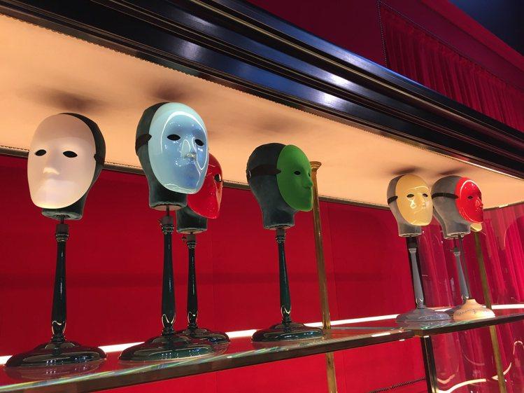 Gucci秋冬時裝系列中,面具就是重點造型元素。記者吳曉涵/攝影