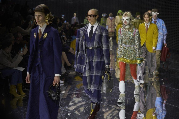 Gucci秋冬時裝秀上,面具就是重點造型元素。圖/Gucci提供
