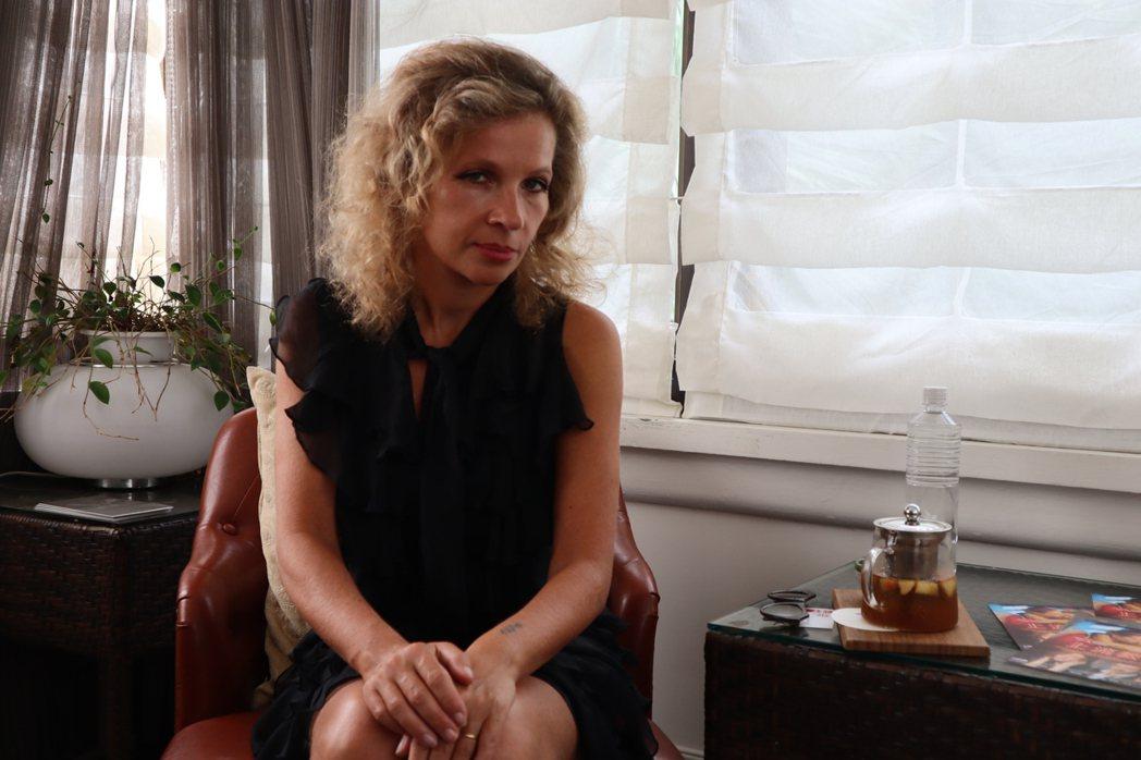 法國女導演伊娃尤涅斯科「上流教慾」探討女性情慾,自承很欣賞侯孝賢、蔡明亮。圖/可