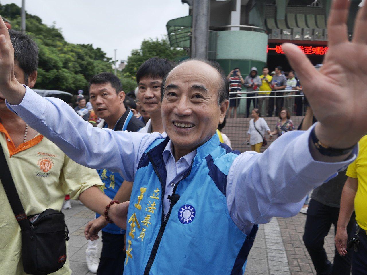 前立法院長王金平說,選總統他要選到底,但是這條路怎麼走,他接受上天的安排。記者吳...
