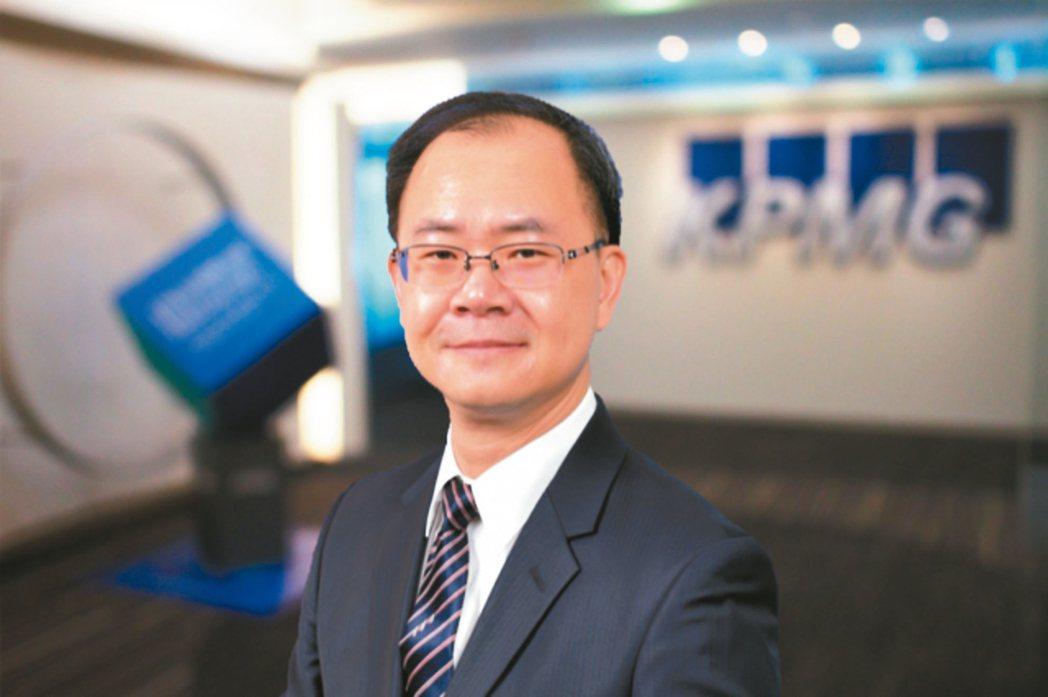 安侯企管公司執行副總經理劉彥伯