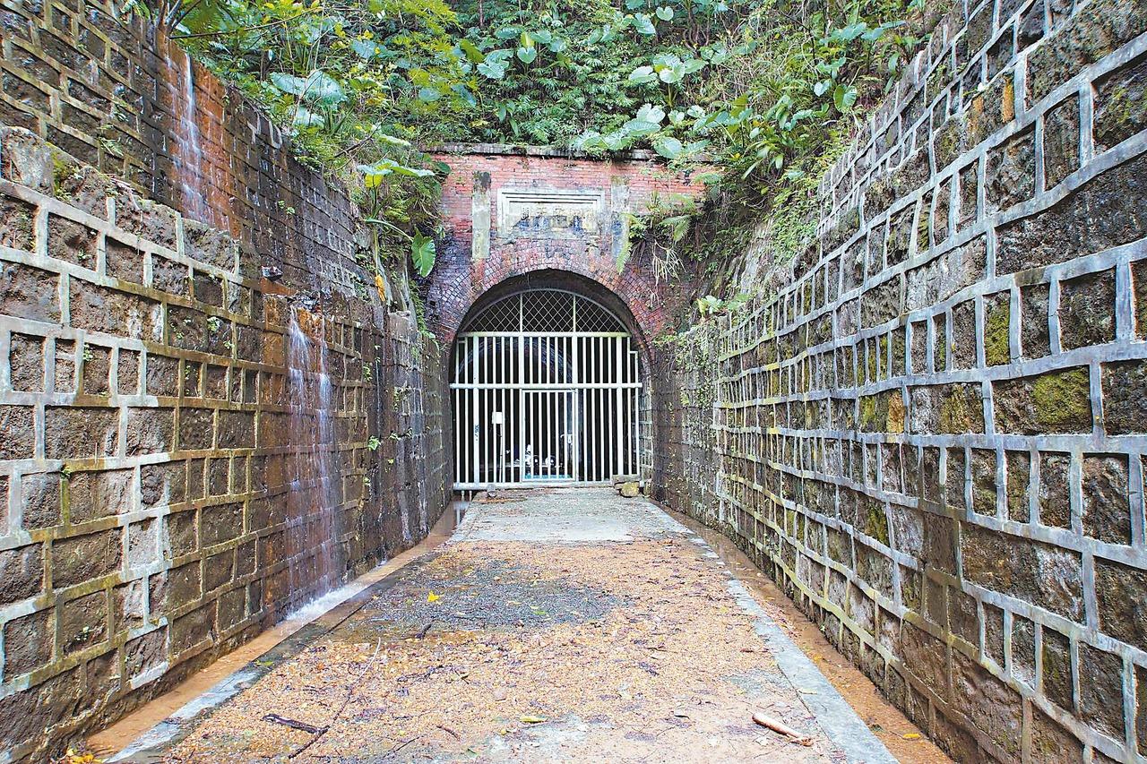 全台首座鐵路隧道 發包修復