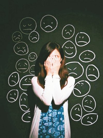 國內研究顯示,高達九成五的青年都有孤寂感,其中三成八屬嚴重孤寂者,容易掉進憂鬱漩...