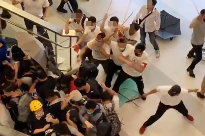 港媒:警方鎖定700餘示威者 部分已逃到海外