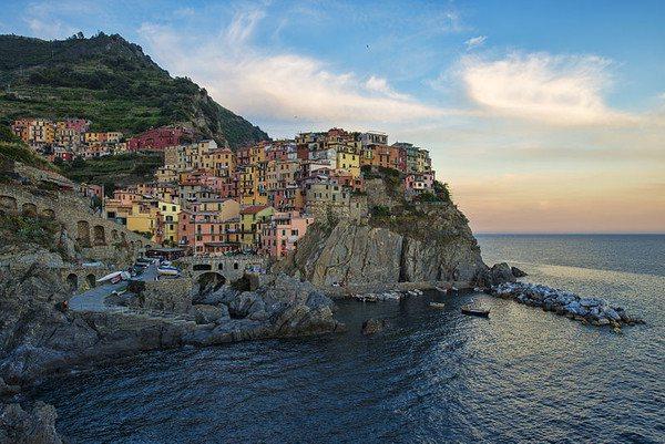 義大利面積最小的國家公園五漁村是觀光客必前往朝聖景點,但為了避免遊客受傷,已祭出...