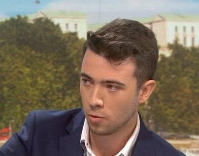 年僅19歲的脫歐活動分子艾金頓承認,他是取得英國駐美大使達洛許痛批川普密電的人。...