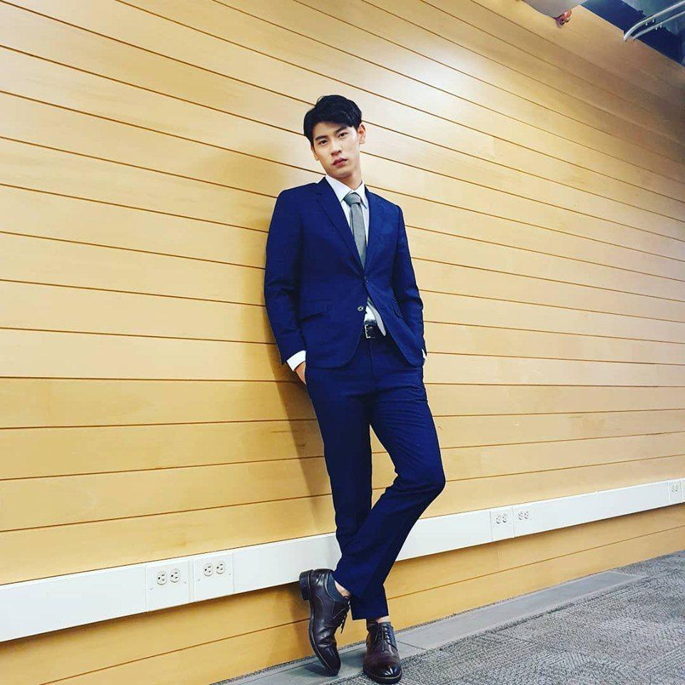 26歲馮秉軒(餅乾)上月自軍中退伍。圖/摘自臉書