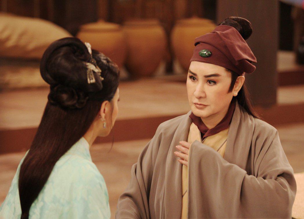 楊麗花即將推出全新電視歌仔戲「忠孝節義」。圖/麗生百合提供