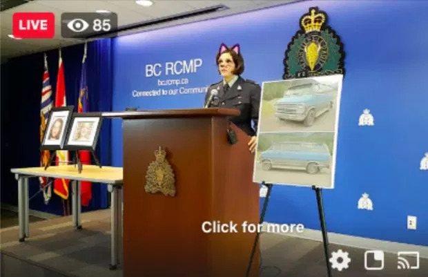 加拿大騎警隊報告謀殺案時出包,警長頭上突然出現貓耳朵。圖擷自Tyler Daws...