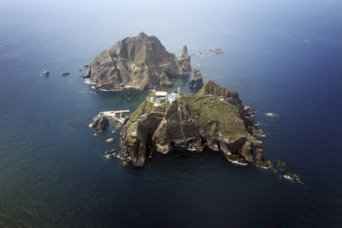 位於日本海上的「獨島/竹島」,是日本與南韓長期以來的海上主權爭議區。圖為獨島(竹...