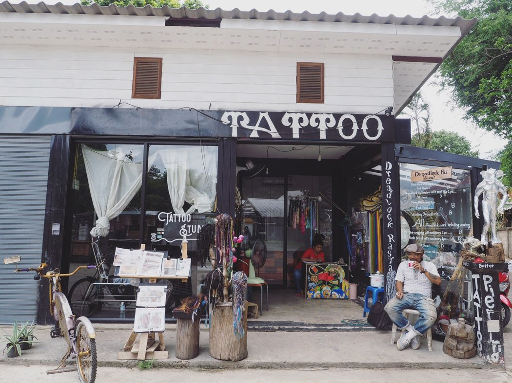 Pai 的刺青工作室多不勝數。