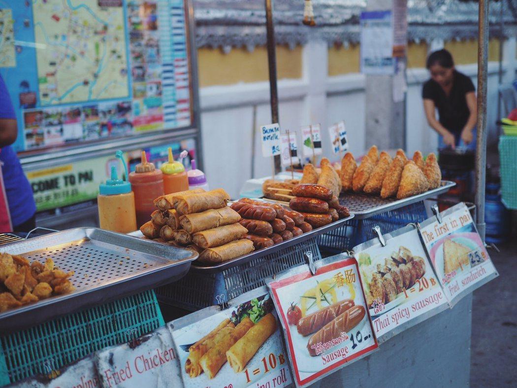 Pai 的夜市比曼谷和清邁的便宜太多了。