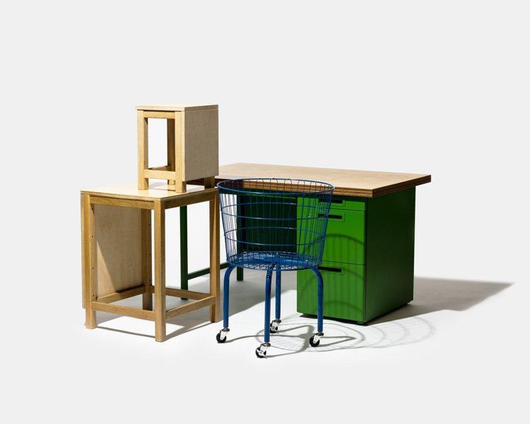 THINK OF THINGS部分展覽陳列辦公桌、展示櫃可以買回家,也是首次對外...