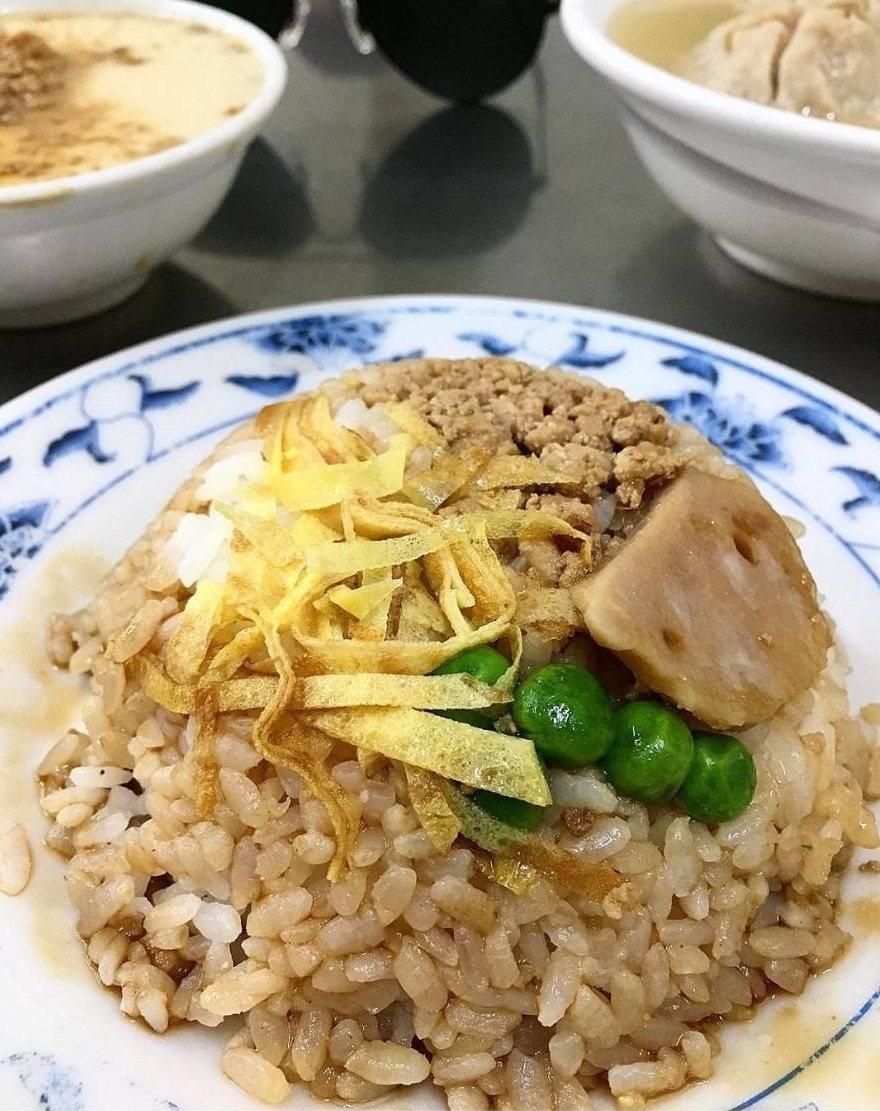 這份簡單的炊飯吃了一次會想念。圖/IG m__drift提供