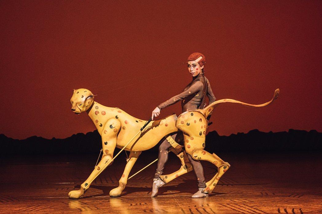 「獅子王」舞台劇對於動物的呈現充滿巧思。圖/寬宏提供