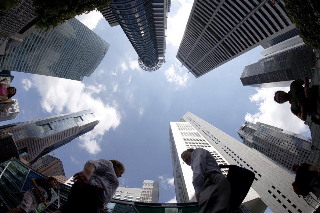 面對中國的滲透,以及中美貿易戰等世界局勢,新加坡將如何應變? 圖/路透社
