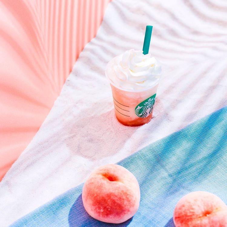 迎接夏季時節,日本星巴克回歸人氣「蜜桃星冰樂」,快閃至8/29,這段時間到日本的...