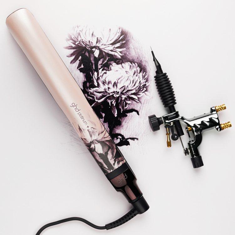 ghd platinum⁺新白金造型夾粉墨限定版,建議售價10,000元。圖/歐...