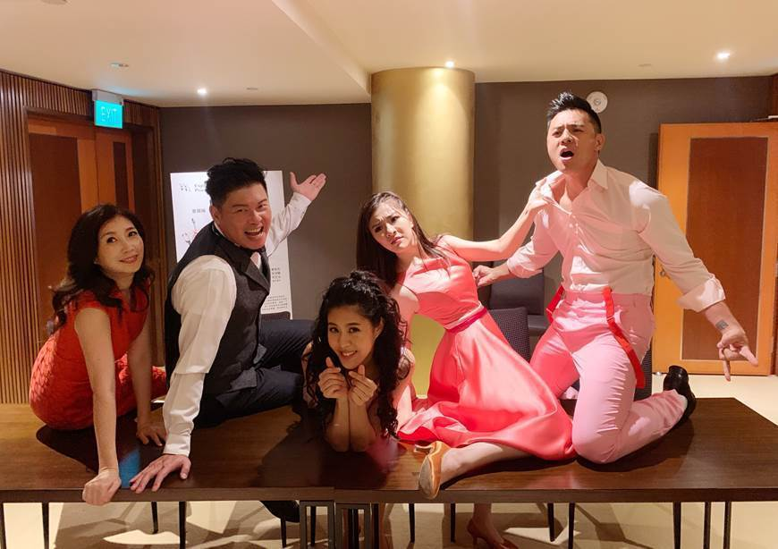 「愛呀,我的媽!」在新加坡演出  圖/果陀劇團提供