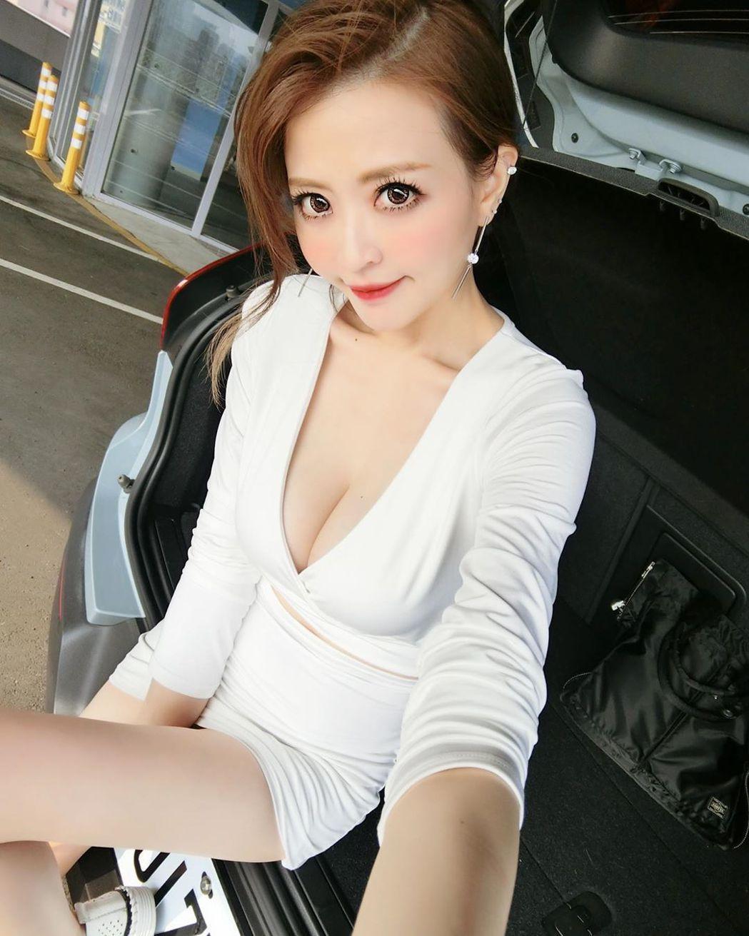 JR的老婆倪千凌身材姣好。圖/摘自IG