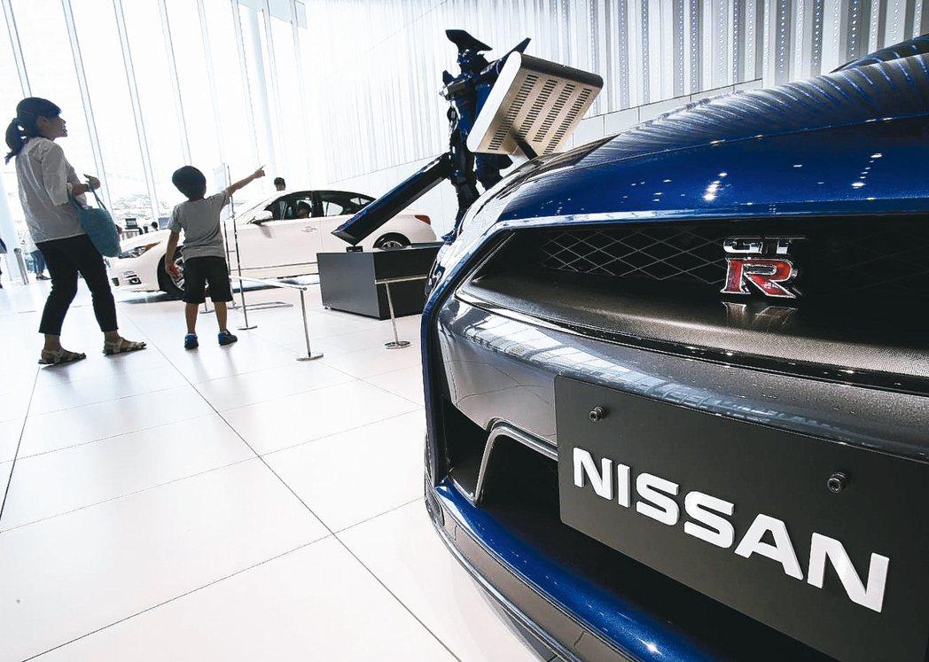 日產汽車上季獲利銳減九成,擬擴大裁員。 美聯社