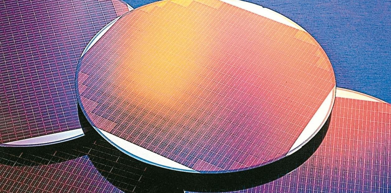 全球半導體矽晶圓第2季出貨面積降至29.83億平方英吋,為六季來低點。業者普遍認...