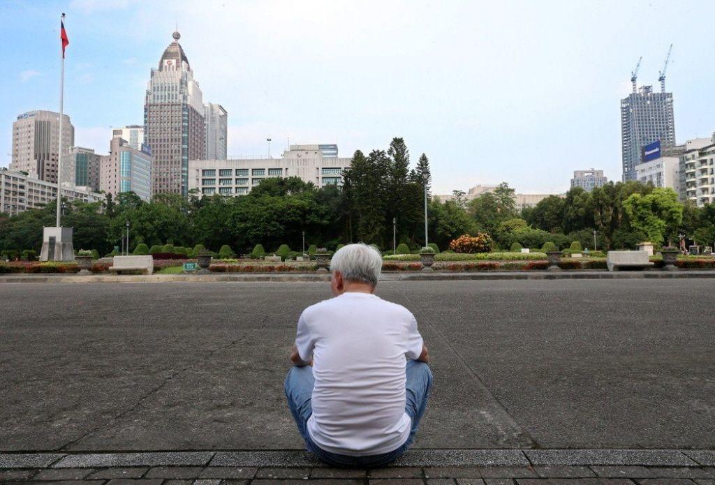 處理退休金,家屬應注意報稅問題。 圖╱本報資料照片、記者郭乃日攝影