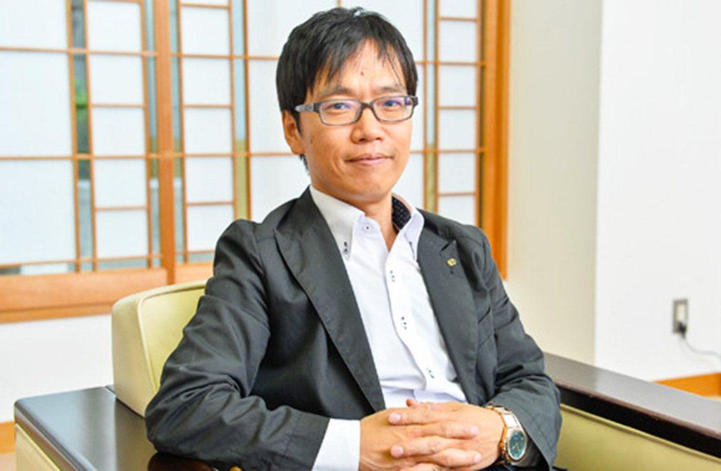 開發《大航海時代V》與本作《大航海時代VI》的光榮特庫摩製作人竹田智一。