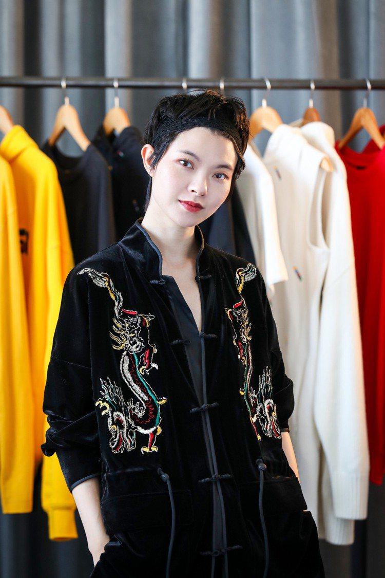 H&M今年首度與中國設計師陳安琪 (Angel Chen)合推聯名。圖/H&M提...