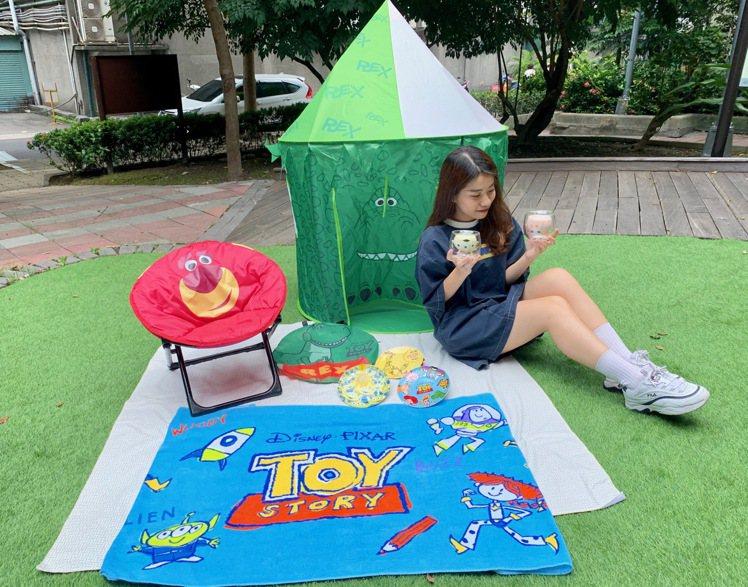 全家便利商店7月31日上午10點起推出「玩心總動員」全店集點活動,首波主打《玩具...