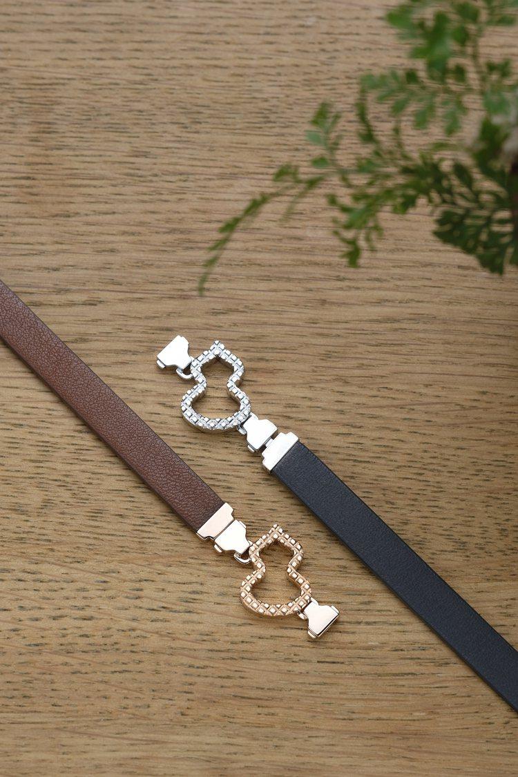 (由左至右)Qeelin Wulu棕色牛皮中性手環,65,300元;Wulu黑色...