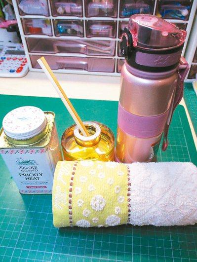 夏日一條濕毛巾、一瓶白開水是我最重要的工作夥伴。 圖/半勤(中壢市)