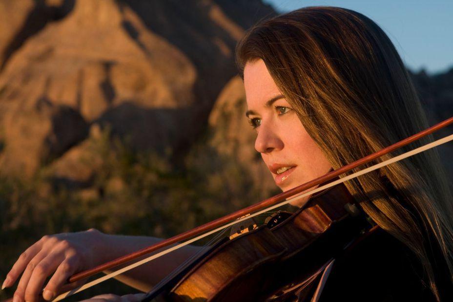 美女小提琴家拉拉聖薔驚爆費城音樂名校教授性侵往事。圖/世界日報提供