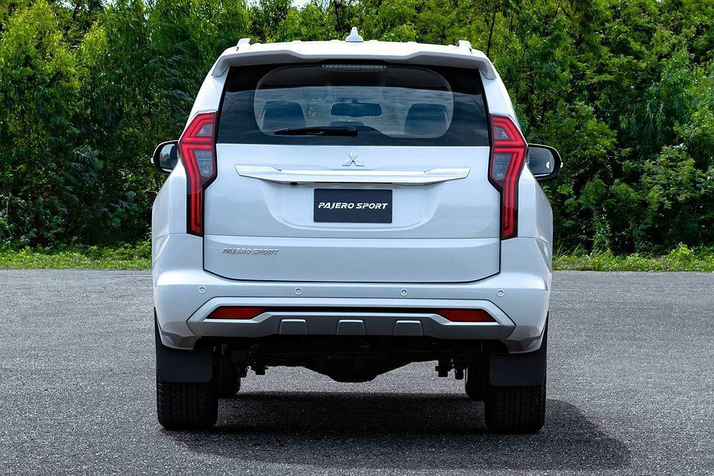小改款三菱Pajero Sport導入新式電動尾門並可搭配Mitsubishi ...