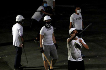 官商鄉黑與全球資本主義——香港元朗無差別襲擊背後