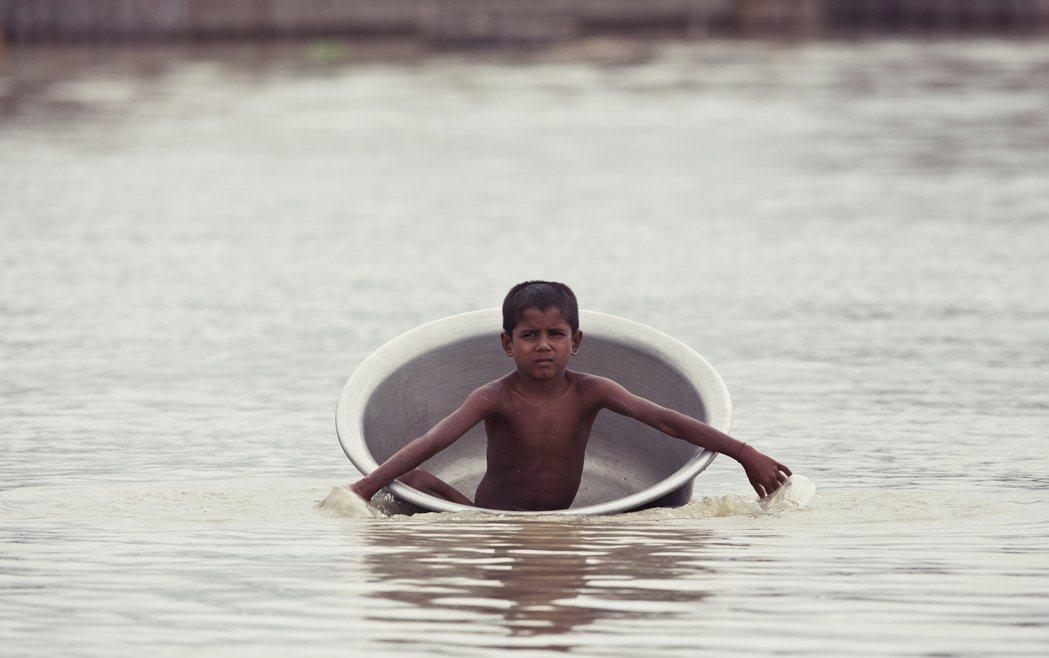 「每年淹,每年都要被拋棄一次!」每年約6月至9月,是南亞的雨季。來自印度洋的水氣...
