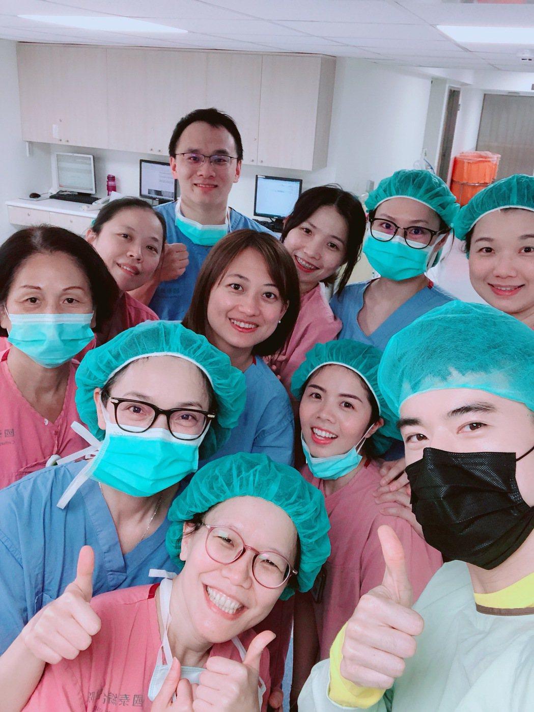 JR紀言愷感謝國泰醫院的人員,幫忙迎接女兒誕生。圖/天晴娛樂提供