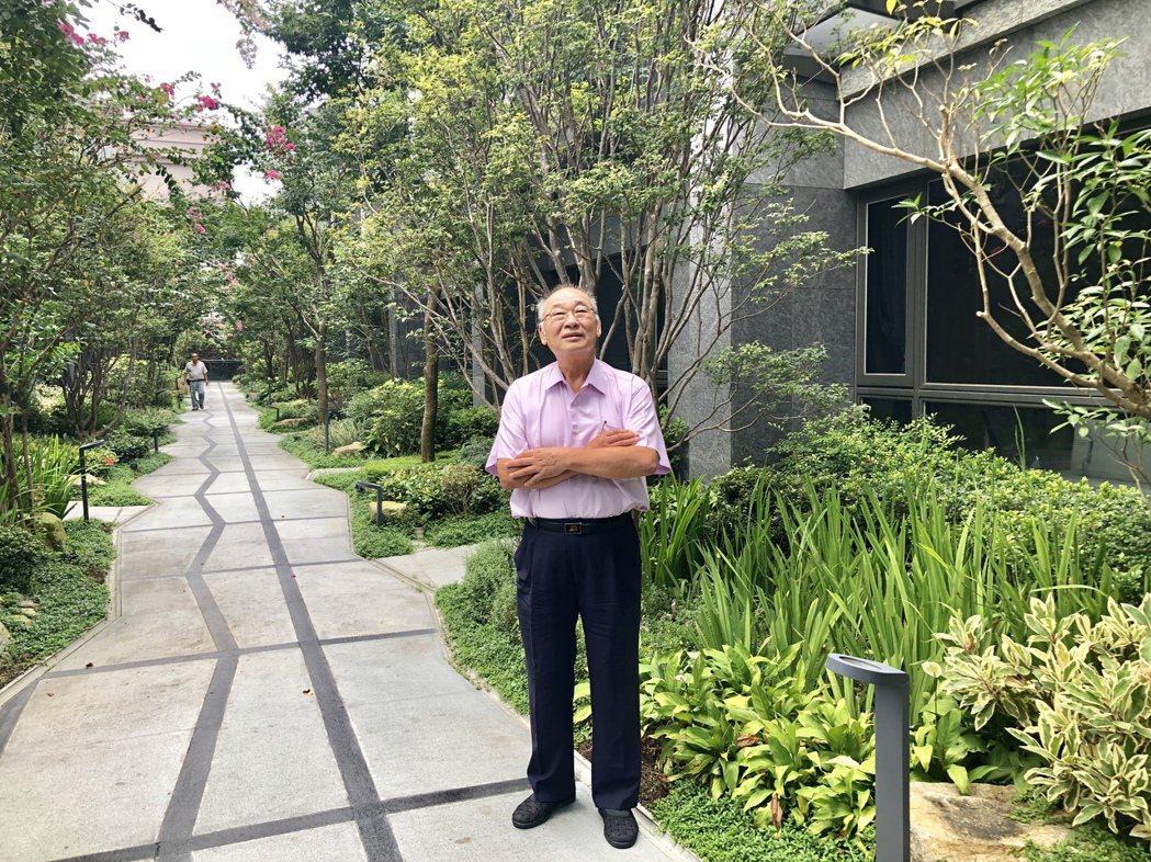 擁有土木技師證照的朝坤建設董事長林振福,秉持40年建築人的精神一路耕耘,推案不僅...