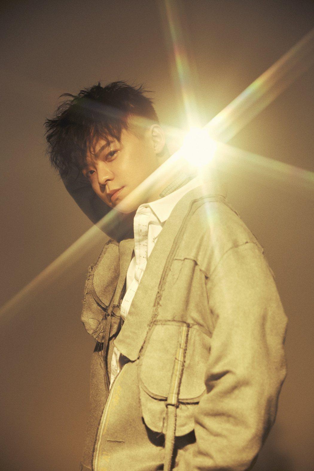 徐少麟盼撕下「小羅志祥」標籤,推出新EP要讓大家看見自己。圖/星麟娛樂提供