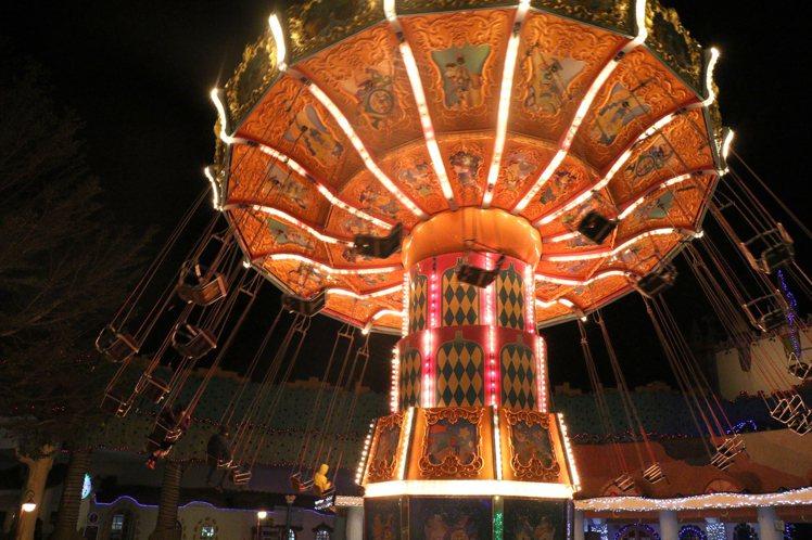 麗寶樂園推出夏天月光雙人票,第二人半票優惠。圖/麗寶樂園提供