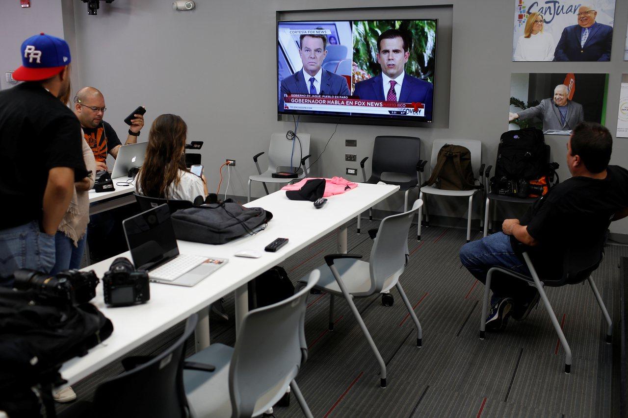 英國年輕人現在幾乎不看電視新聞。路透
