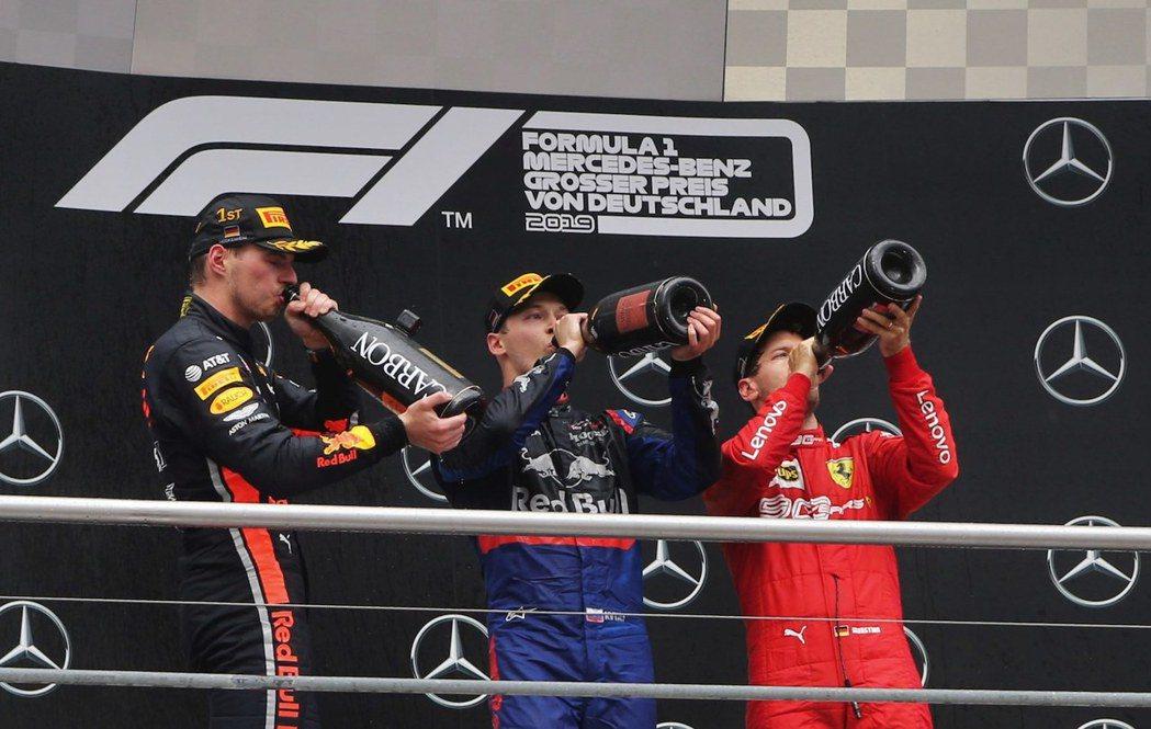 三位登上頒獎台的都是紅牛體系出來的車手。 摘自F1