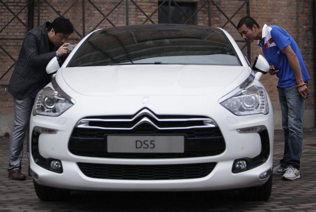 PSA標致雪鐵龍和長安汽車合資的產線在上半年產能利用率竟不到1%。路透
