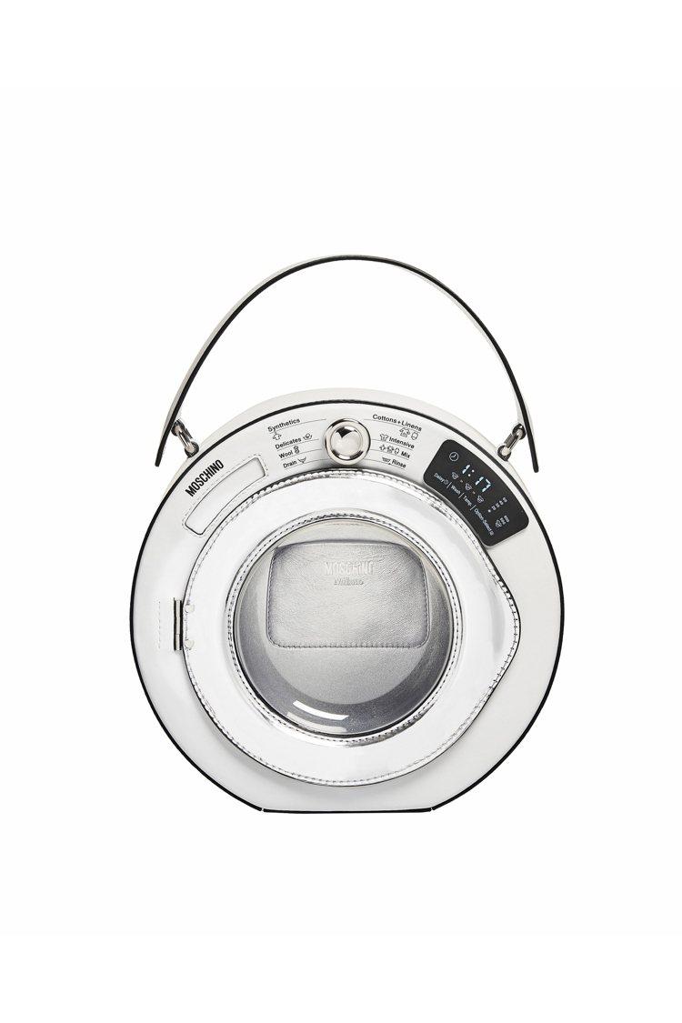 洗衣機手提包,49,800元。圖/Moschino提供