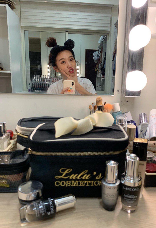 女星Lulu私下是LANCOME蘭蔻小黑瓶的鐵粉。 圖/蘭蔻提供