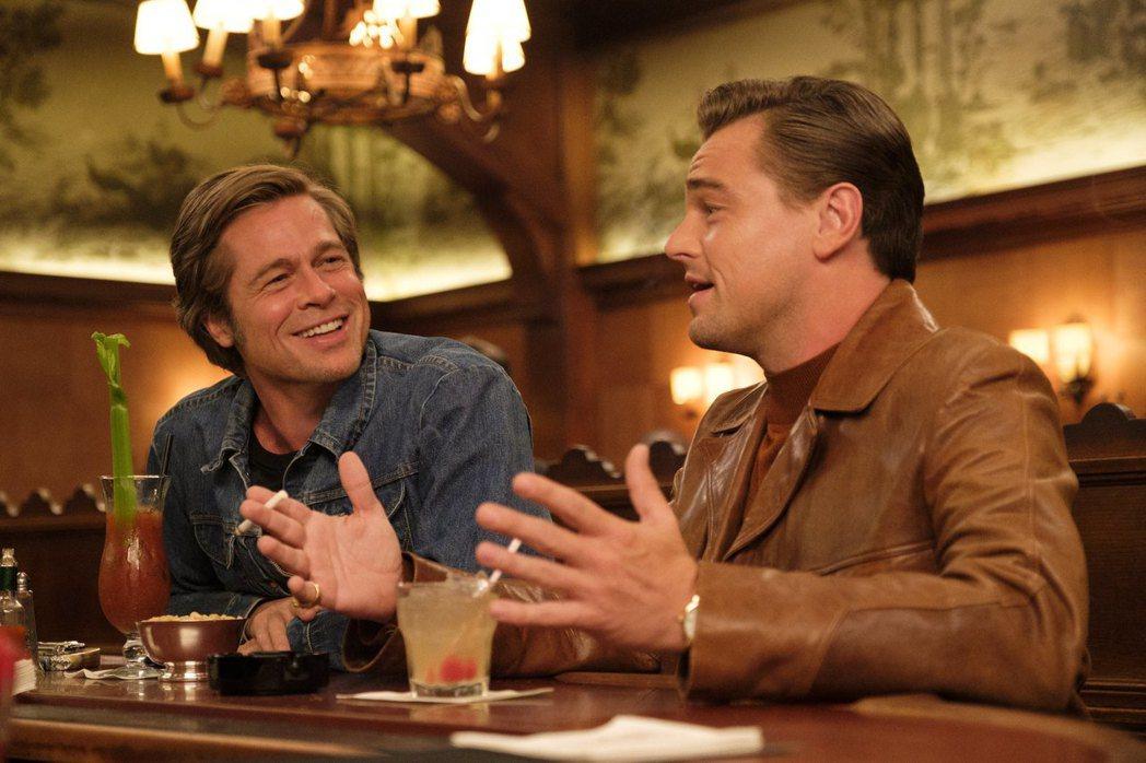 李奧納多狄卡皮歐(右)、布萊德彼特(左)兩大男神首度合作「從前,有個好萊塢」在全...